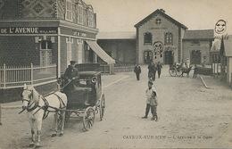 Taxi Fiacre à La Gare De Cayeux Somme . Attelage Ane Second Plan . Dessins Sur La Carte . Joie Tristesse - Taxis & Cabs