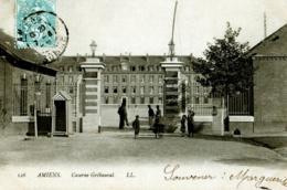 CPA 80 AMIENS N°126 CASERNE GRIBAUVAL LL ANIMEE - Amiens
