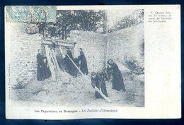 Cpa Du 56 Eudistes D' Hennebont 4 Heure La Porte Du Couvent Est Barricadée - Les Expulsions En Bretagne     JM15 - Hennebont
