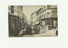 75 - PARIS - CP PHOTO - Rue Des Partants 20eme Grosse Animation Devantures Bon état - Arrondissement: 20