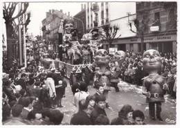 71  Saône Et Loire - CHALON-sur-SAÔNE -  Carnaval - Char - Cpsm - Carnaval