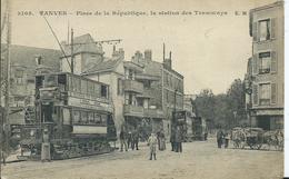 VANVES - Place De La République , La Station De Tramways - Vanves