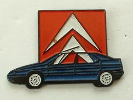 PIN'S  CITROËN - XM BLEUE - Citroën