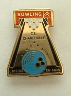PIN'S  CITROËN - C.E CHARLEVILLE BOWLING - Citroën