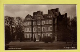 London - Kew Palace, Exterior - H. M. Office Of Works Real Photo Postcard - Other