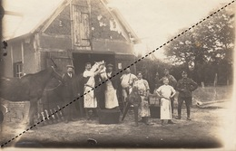 Grande Photo Boucher Boucherie Abattoir à Chevaux Forges Les Eaux Guerre 14-18 Soldat Anglais - Guerra, Militari