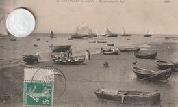 14-Très Belle Carte Postale Ancienne De GRANDCAMP  LES BAINS   En Attendant Le Flos - Other Municipalities