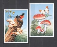E1023 GUYANA FLORA & FAUNA NATURE MUSHROOMS BUTTERFLIES BIRDS !!! 2BL MNH - Paddestoelen