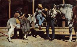 PIE-FO-19-6158 :  THE OLE AND THE NEW WEST MEET AT THE HITCHING POST. - Etats-Unis