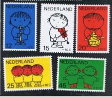 1969 11. Nov. Voor Het Kind Mi 928 - 32 Sn B452 - 56 Yt 900 - 04 Sg 1097 - 1111 AFA 928 - 32 NVP 932 - 36 Postfrisch Xx - 1949-1980 (Juliana)