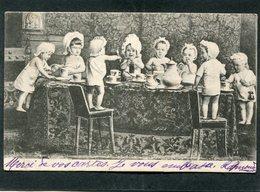 CPA - Bébés à Table  (dos Non Divisé) - Neonati