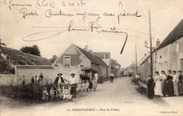 Garancières  78   La Rue De Poissy Tres Tres Animée Et Attelage Ambulant - Francia