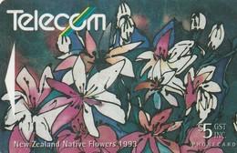 TARJETA TELEFONICA DE NUEVA ZELANDA, FLORA, CLEMATIS. G-075. (059) - Flores