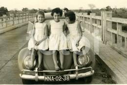 1961 ORIGINAL AMATEUR PHOTO FOTO VW VOLKSWAGEN BEETLE NAMPULA MOÇAMBIQUE MOZAMBIQUE AFRICA AFRIQUE - Automobili