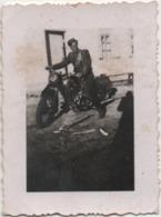Fotografia Cm. 5,7 X 7,7 Con Motocicletta D'epoca - Automobiles