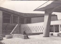 PATIO HACIA LA SALA DE ASAMBLEAS DE LA UNESCO, PARIS. PHOTO ORIGINAL CIRCA 1960's SIZE 10x7cm  - BLEUP - Places