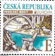 2018 Po 978 : EUROPA : Les 2 Ponts De PODOLSKO Sur La Vltava (à Chaînes Et En Arc ) - Neufs