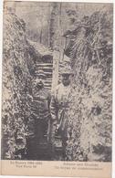 La Guerre 1914-1915 - Région Des Eparges - Un Boyau De Communication (Poilus, Tranchée) - Guerre 1914-18
