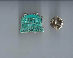 Pins -  Manoukian - Metargent -   Rare  Port 1€20 - Pin's