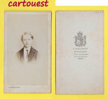 ֎ Photographie Albumen ֎ CDV Circa 1870 G MALARDOT à  METZ Portrait  Jeune Homme ֎ - Photographs