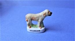 Fève Les Chiens De Chasse Le Labrador (T 817) - Dieren