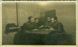 ALBANIA - TIRANA OCCUPAZIONE FASCISTA QUARTIER GENERALE CAMPO MILITARE ITALIANO - UFFICIALI - RPPC POSTCARD 1941 (BG3651 - Albanie