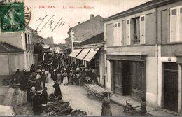 FOURAS LA RUE DES HALLES - Fouras-les-Bains
