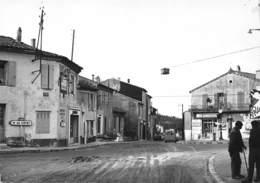 ROQUEFORT-la-BEDOULE - Le Carrefour - Andere Gemeenten