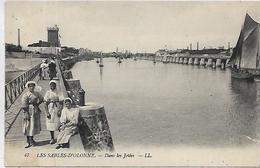 85, Vendée, LES SABLES D'OLONNE, Dans Les Jetées, Scan Recto Verso - Sables D'Olonne