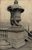 75 - PARIS - L'Art Décoratif à Paris - Vase Décoratif Du Pont Alexandre III - Bridges