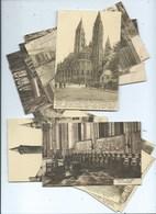 Tournai ( 20 Cartes ) Les 2 Cartes à L'avant Plan Montrent Les Deux Séries De Cartes De Ce Lot - Tournai