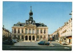 PEUGEOT 403, 504, RENAULT 4, CITROEN Méhari, à Chaumont - Voitures De Tourisme