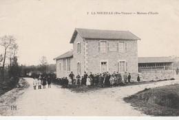 - 87 - CPA - LA NOUZILLE  - Maison D'école - 195 - Francia
