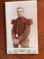MILITAIRE  N¨19 Par Caluyer à Cambrai - Oud (voor 1900)