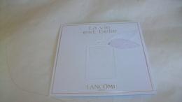 Carte Parfumée Lancome  La Vie Est Belle Avec Ruban Tissu Avec Touch - Modernes (à Partir De 1961)