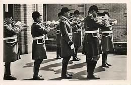 -dpts Div-ref-AK190- Essonne - Bligny - 25 Avril 1953 - Le Débouché De Paris Sonnant Le Retour - Cors - Chasse à Courre - France