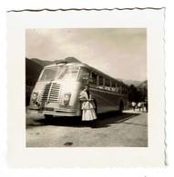 Petite Photo - 7 Cm X 7 Cm  - Autocar / Autobus - C1950 - 2 Scans - Automobiles