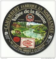 étiquette De Fromage:   Camembert  :  Le  Chat De La  Vallée De  Sienne ;  Agon - Coutainville - Fromage