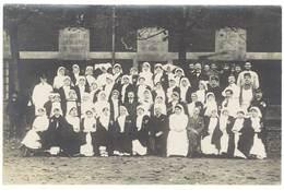 Cpa Carte-photo Infirmières Et Quelques Hommes, Dont Soldats, écrite De Bordeaux Hôpital 1915 ( SA ) - Santé
