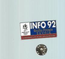 Pins - Info 92  -  Savoie -    Rare Port 1€20 - Sports D'hiver