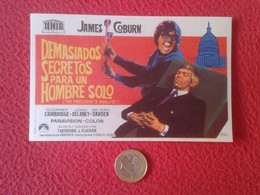SPAIN PROGRAMA DE CINE FOLLETO MANO CINEMA PROGRAM PROGRAMME FILM DEMASIADOS SECRETOS PARA UN HOMBRE SOLO JAMES COBURN - Publicidad