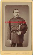 CDV Vers 1875/1880 Officier De Saint Cyr? Avec Son Bicorne-photo Pernelle à Belfort Et Montbéliard - War, Military