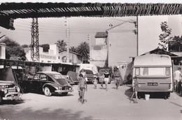 Carte 1950 JUAN LES PINS / CAMPING DU PONT DU LYS (caravane , Automobile) - France