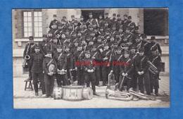 CPA Photo - MONTARGIS - Beau Portrait Fanfare Militaire 82e Régiment - 1910 - Voir Uniforme Instrument De Musique - Ohne Zuordnung