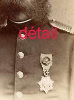 BUCURESCI-A Voir CDV Vers 1868/1870 Officier De Marine Française En Roumanie Médaillé-Très Bel état - Guerre, Militaire