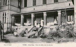 (108)  CPA  Vitré  Hotel Dieu  Cure De Soleil   (Bon état) - Vitre