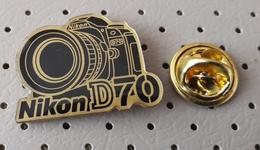 Nikon D70 Foto Camera Pin - Photography