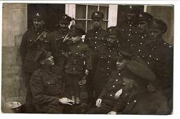 Photo-carte C1918 - Groupe De Militaires Canadiens - RFA - Royal Air Force - Enfant En Uniforme - Région De Charleroi - Guerre 1914-18