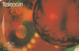 TARJETA TELEFONICA DE NUEVA ZELANDA, NAVIDAD - CHRISTMAS. Christmas Decorations. G-111. (098) - Christmas