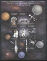 St Vincent 1999 Space Exploration Sheetlet (small Wrinkles) MUH - St.Vincent (1979-...)